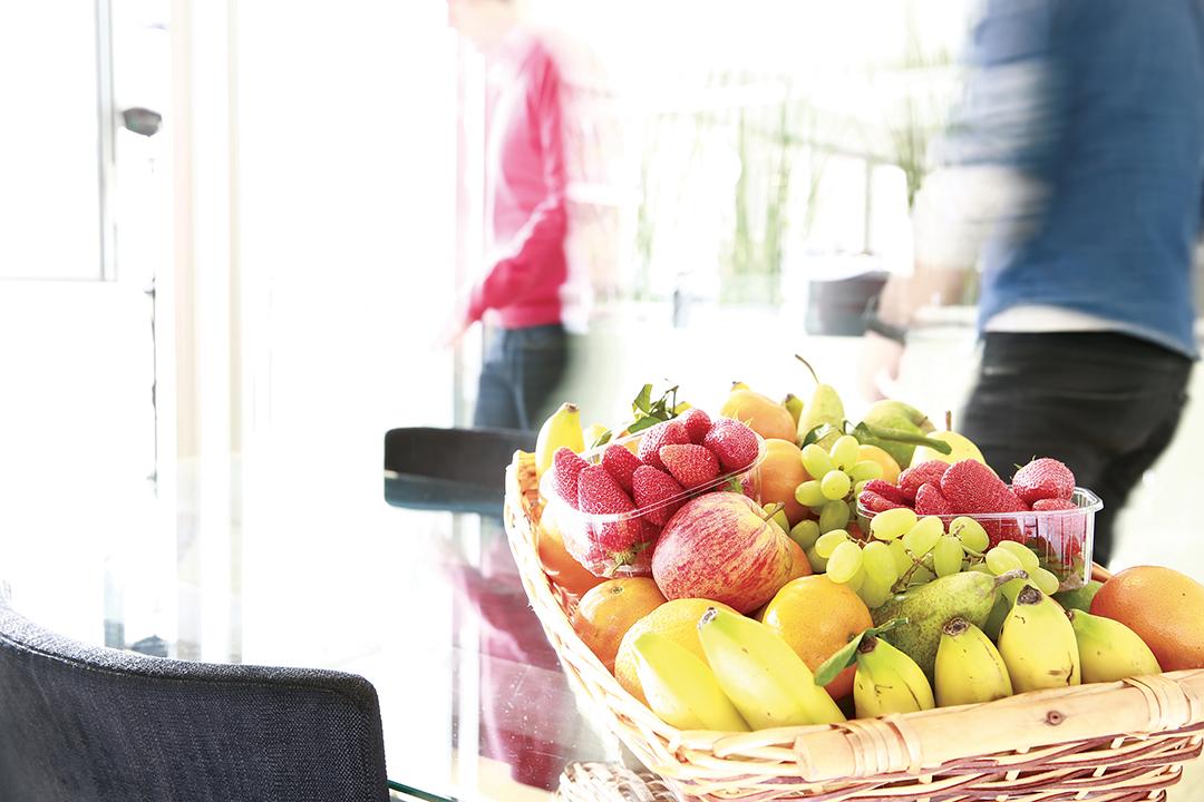 Livraison de corbeilles de fruits au bureau
