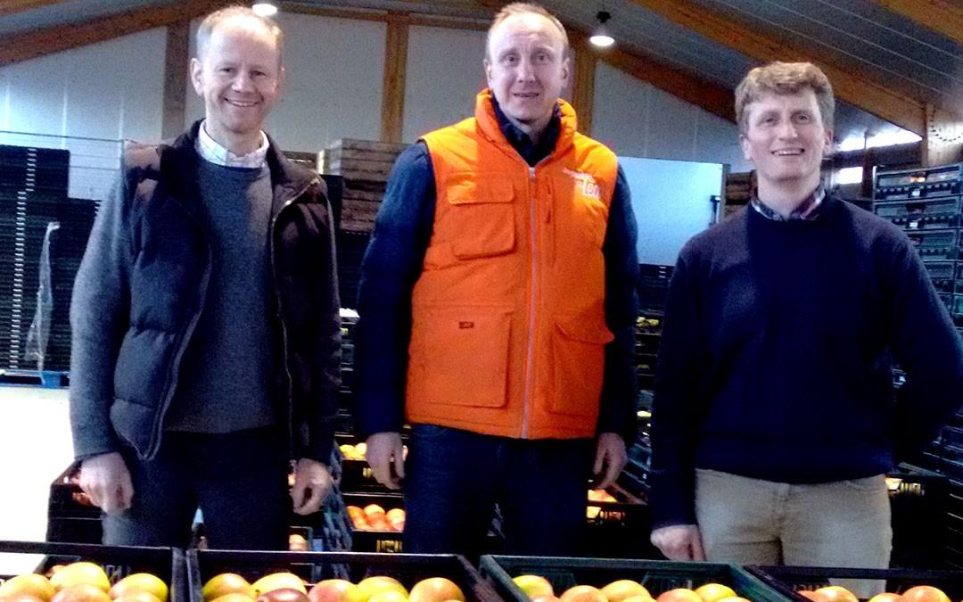 Pommes, poires et pesticides : la parole à Guillaume et Mathieu, producteurs