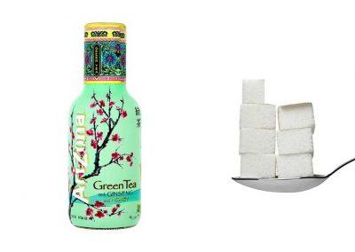 Une bouteille de 50 cl de GreenTea AriZona contient 33,5 g de sucre, soit 6,7 morceaux