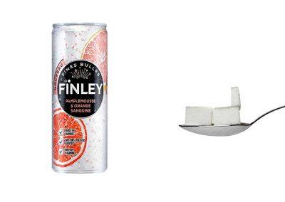 Une bouteille de 25 cl de Finley pamplemousse et orange sanguine contient 12 g de sucre, soit 2,4 morceaux